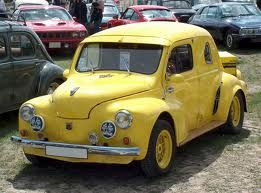 Renault 4 CV tuning-style.