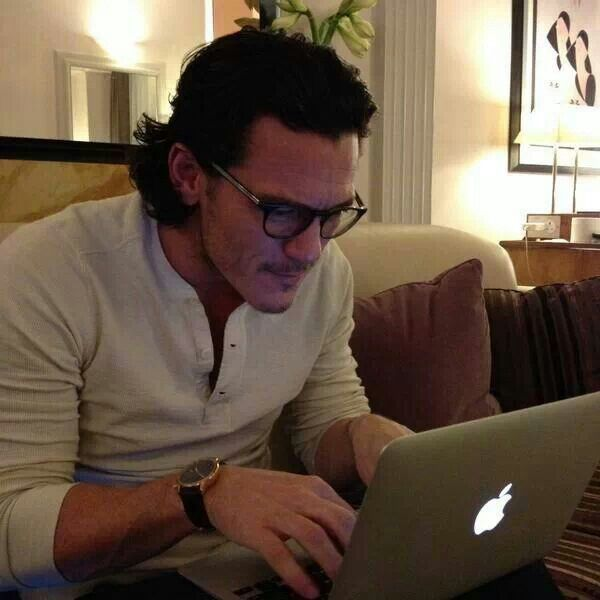 luke evans boyfriend - AOL Image Search Results