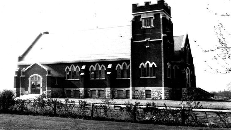 Stamford United Church was built in 1927. James Depew, a prominent Stamford resident donated both the building site and significant funds for this project. This Church is also believed to have been the first United Church constructed in Ontario following the Formation of the United Church of Canada in 1925. Niagara Falls Public Library. Canada 150.