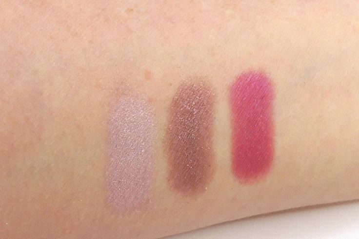 Urban Decay, Urban Spectrum Palette Pink row Left to right: Flatline, Bordello and Backlash