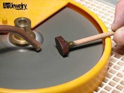 Lapidary Project: How to Cut Your Own Stone - Art Jewelry Magazine