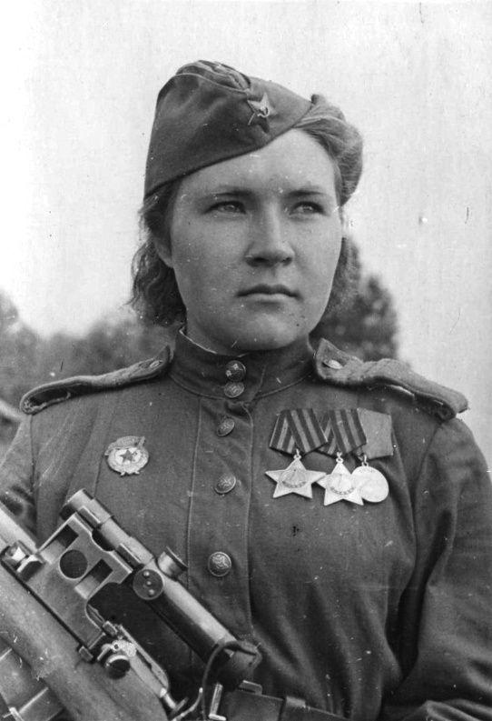 Soviet women snipers. Guard Sergeant Lyubov Makarova. Sniper 3-5th shock army 2-th Baltic front killed 84 fascists.