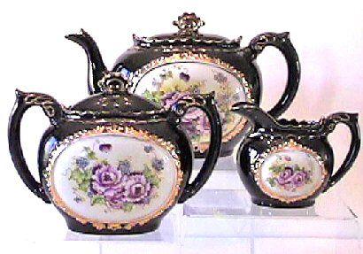 ** Čajové konvičky - modrý porcelán r.1890 **                                                                                                                                                     More