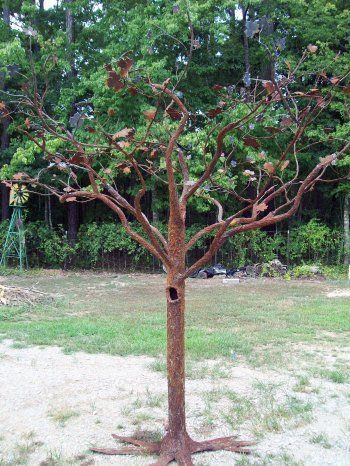 welded garden art | Miller - Welding Projects - Idea Gallery - Metal Tree (scheduled via http://www.tailwindapp.com?utm_source=pinterest&utm_medium=twpin&utm_content=post142510701&utm_campaign=scheduler_attribution)