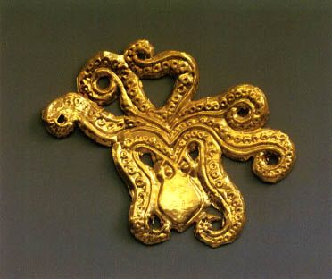 Mycenae - gold cut-out ornament in the shape of a octopus