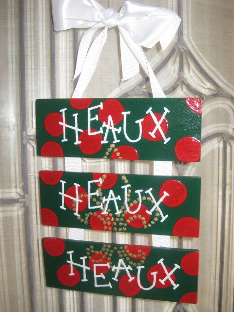 HEAUX HEAUX HEAUX Merry Christmas-  New Orleans, Southern, Cajun style- Green with Red polka dots- Gold fleur de lis