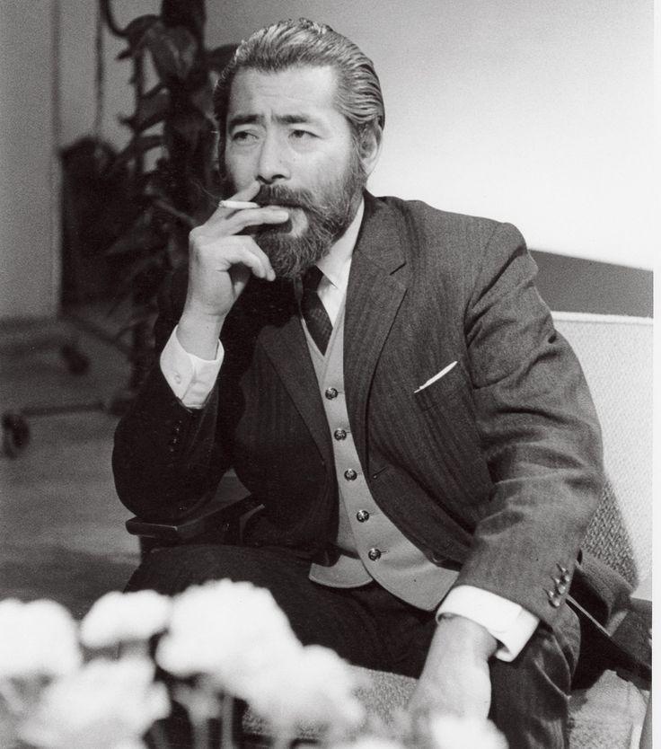 三船敏郎 メンズ・ファッションの現在に影響を与えるレジェンドな男たち Translation: Toshiro Mifune is a mack at any age!
