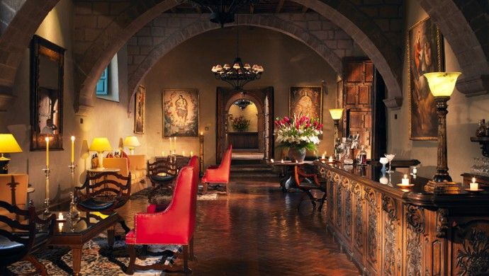 Belmond Hotel Monasterio: Don't miss an energizing coca tea or pisco sour in the intimate lobby lounge.