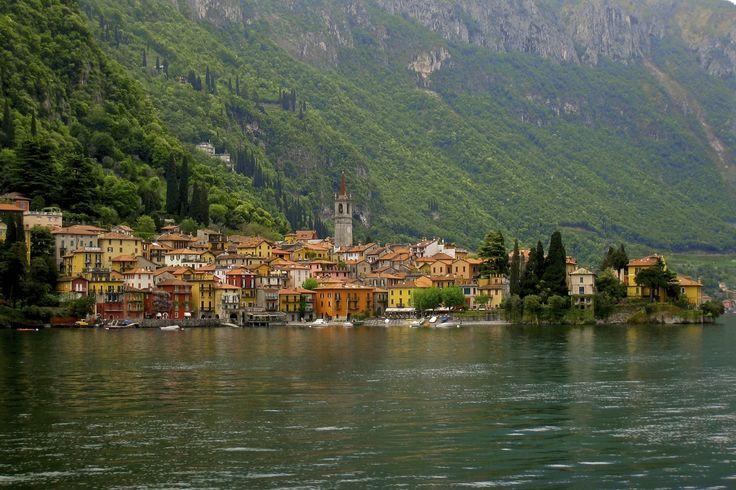 stroll around the village of Varenna