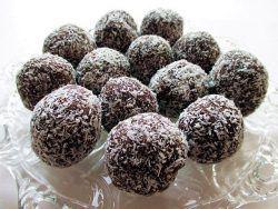 Coconut chocolate balls / Kókuszgolyó