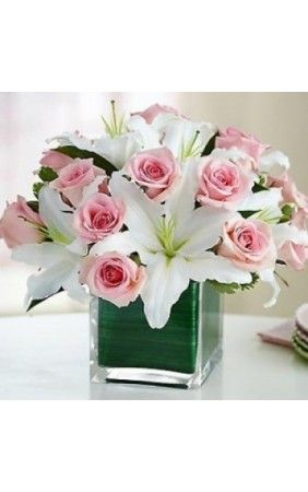 Send this Floral Elegance to your dear ones with your love. Melbourne Fresh Flowers Offers Same Day Flowers Delivery in Melbourne.  This white lilies symbolises peace and pink roses indicates deep love. #mondaymotivation #flowers #gift #onlineflowersinmelbourne #flowerdeliveryinmelbourne #melbournefreshflowers