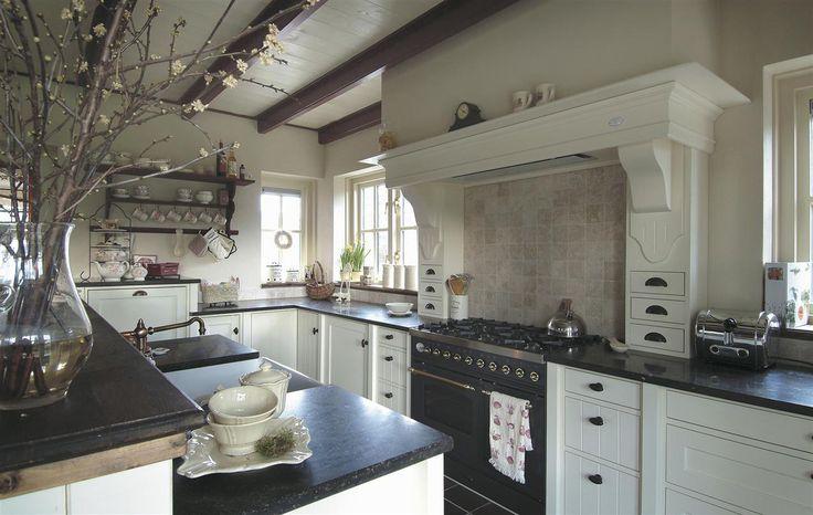 Landelijke Keukens Accessoires : Meer dan 1000 ideeën over Badkamer Lades op Pinterest