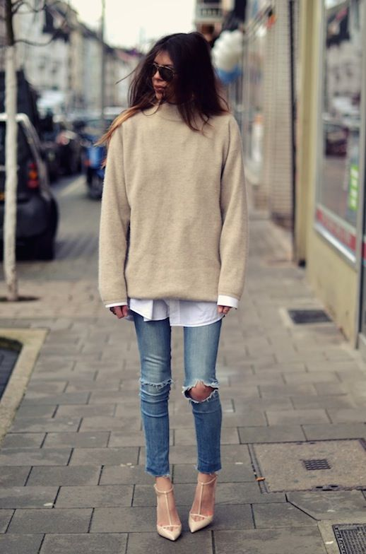 pullover sweater + white shirt + jeans..