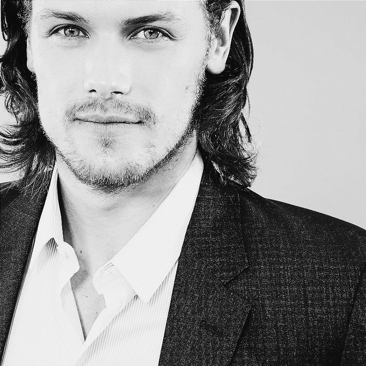 scottishdarlings: SAM HEUGHAN + comic con 2014 ∞... - Absolutely perfect....