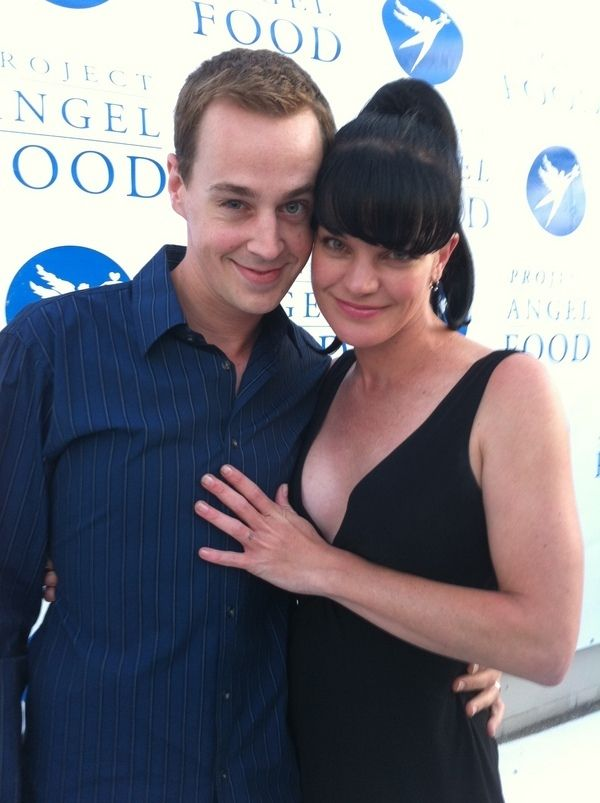 Sean Murray & Pauley Perrette. Love them as Tim and Abby..if only the writers would have their characters become acouplpe..totally would be adorable :)