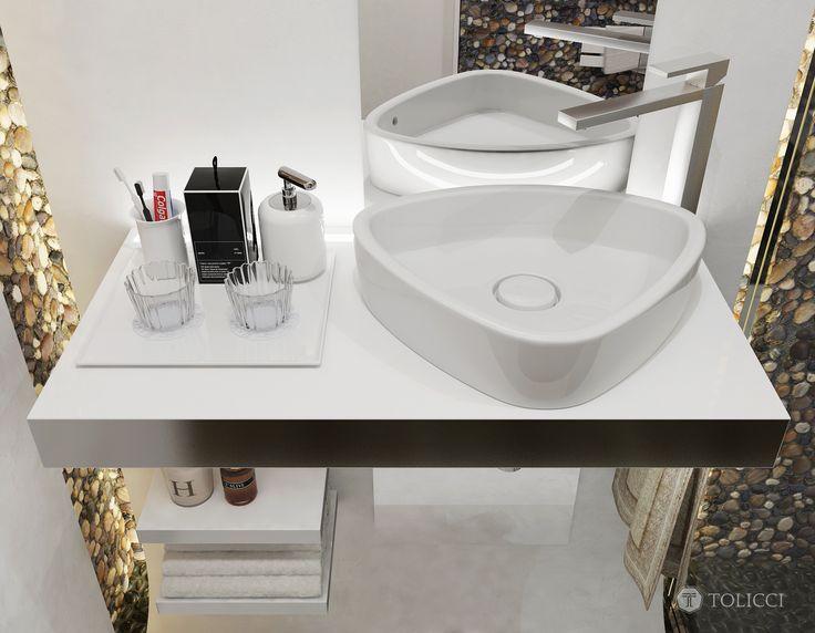 Tolicci Bathroom