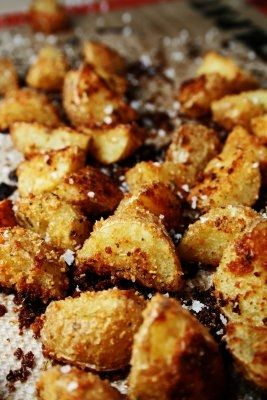 Delicious Roasted Potatoes with Parmesan Cheese & Bread Crumbs - easy holiday side dish