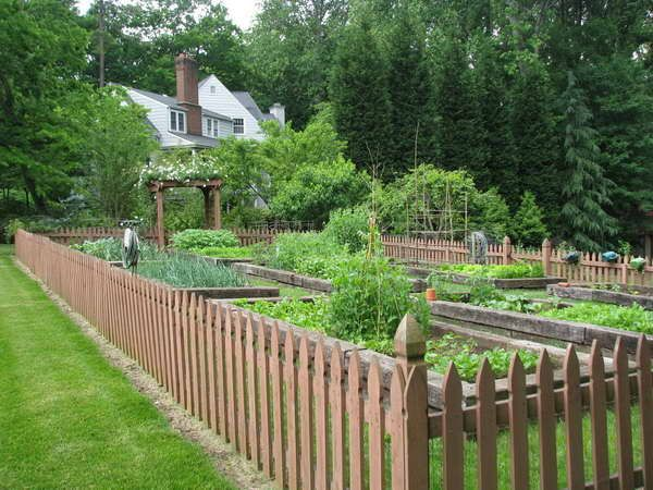 60 best Small Garden Fence Ideas images on Pinterest Garden