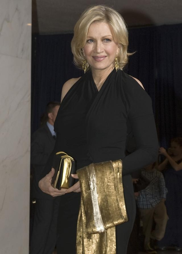 Diane Sawyer (age 67) in David Meister and looking elegantly beautiful