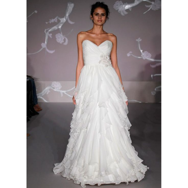 Nice Gorgeous Sweetheart Chiffon Gown of Ruffled Skirt wedding dress
