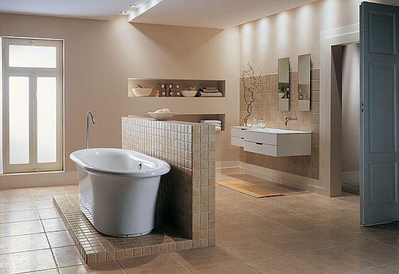 Ceramiche Coem | Travertino Romano al Contro collection #Bathroom #Tiling