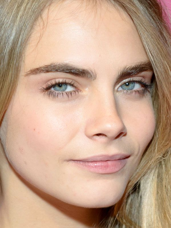 How To Get Cara Delevingne Eyebrows Naturally