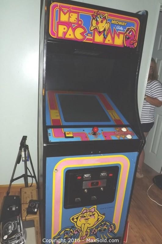 Ms Pac Man Video Arcade Game Upright Sold on MaxSold for $570
