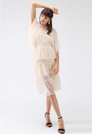 Lass es in meinem Traum Gestuftes Netzkleid in Cremefarben – Gestuft – Kleid – Retro, Indie and Unique Fashion