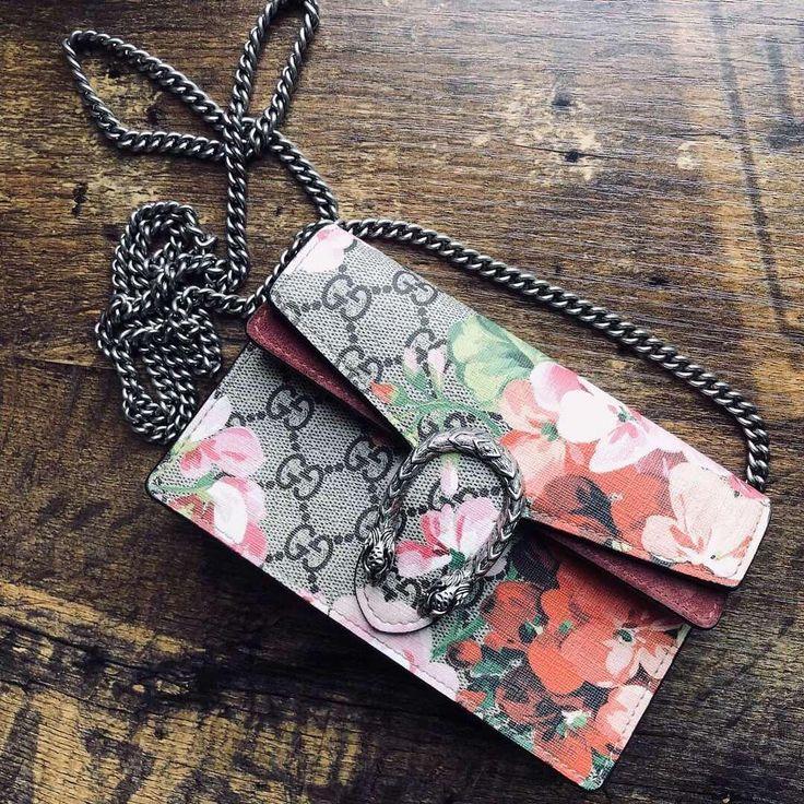 100% original quality Private message DM All luxury Western Union / BANK transfer Free shipping ! #beautiful #balenciaga #hermes #hermeslover #dior #ladydior #gucci #shoes #boots #fendi #gucci #tshirt #flipflap #bag #chanel #leboy #bvlgari #gift #fashion #love #instagood #instadaily #askfordetails #freeshipping #fashionblogger #london #luxury #details #fashionista #followme #style