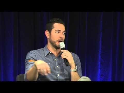 Nerd HQ 2015: A Conversation With Zachary Levi #zacharylevi #nerdhq2015