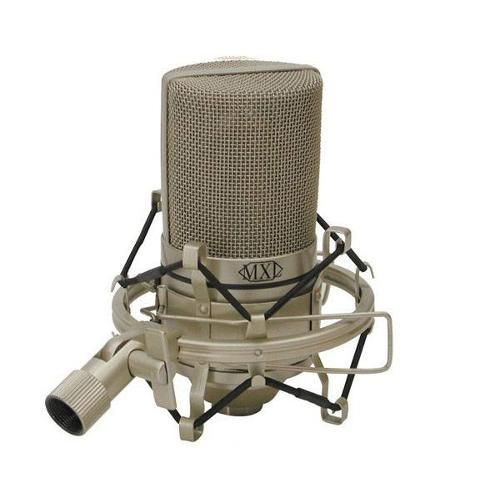 Microfone Condensador De Estudio Mxl990 - Cápsula De 20mm; Freqüência: 30hz A 20khz; Padrão Cardióide; Sensibilidade: 15mv/Pa; Impedância: 200 Ohms; Relação Sinal Ruído: 80db (Medido C/ Ref. 1pa); Nível De Ruído Equivalente: 20db (Medido Por Iec268-4); Alimentação: Phantom Power 48v (+/-4v); Tamanho: 60mm X 130mm; Peso: 544,3 G; Acabamento: Champagne.