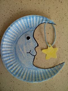 Paper Plate Moon Craft - so cute. Maybe use with my little Goodnight Moon fan!