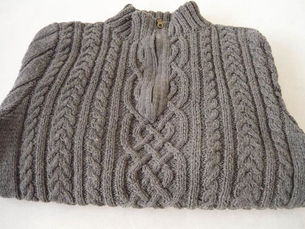 Soft and warm sweater male, made on the knit. In gray. #MariAndAnnieArt