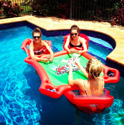 .: Pools Poker, Summer Day, Games Tables, Cards Tables, This Summer, Pools Tables, Pools Parties, Poker Tables, Summer Time