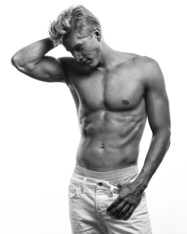 fitness shot of a male model for an agency submission