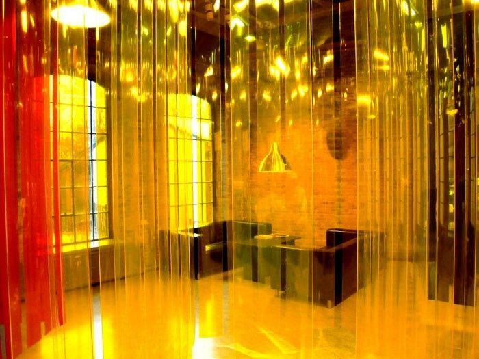 Utställning om demokrati på Norrköpings stadsmuseum. Utformad av Victor Marx.