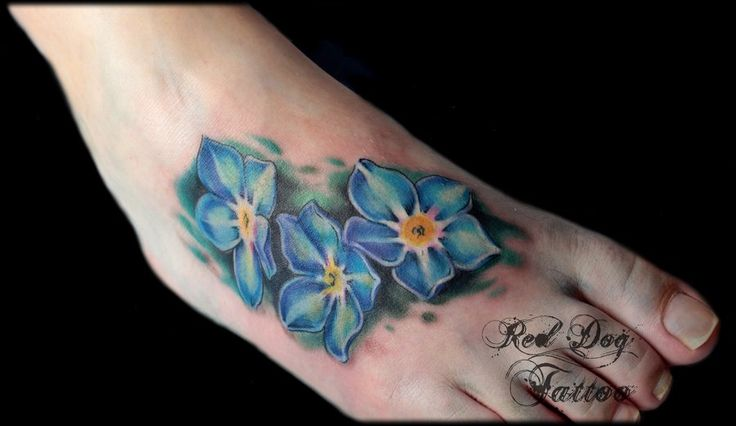 Forget-Me-Not flowers: I don't like the placement, but I love how realistic the flowers look.