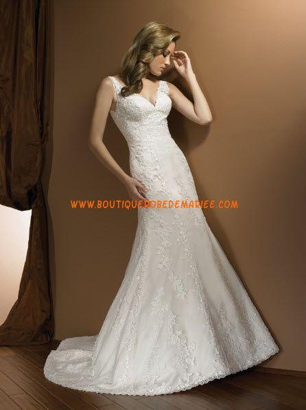 Robe de mariée de luxe en satin garnie d'applique de fleurs col V