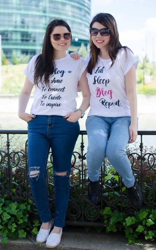Surorile de la Another Side of me cu tricourile mele https://www.facebook.com/AnothersideOfMeBlog/  #blogger #fashionblogger #tshirt #mypetitegiraphe
