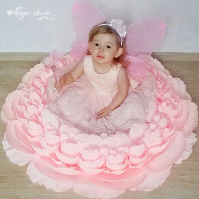 Это одна из моих любимых фотографий Создам для Вас цветы любого размера и цвета ____________ #цветыизбумаги #бумажныецветы #большиецветы  #пион #фото #оренбург #фотосессия #малыш #новорожденный #нежность #младенец #материнство #родители #фотографы #оренфото #фотоноворожденных #фотографноворожденных #цветы #детскийфотограф #детскаяфотосессия #семейнаяфотосессияоренбург #детскийфотографоренбург #моесчастье #вожиданиичуда #дети #мама #красота #новорожденныеоренбург