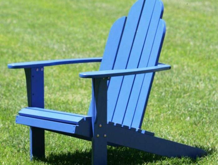 fauteuil-en-palette-fauteuil-adirondack-en-bois-de-couleur-bleu-meuble-palette-pas-cher
