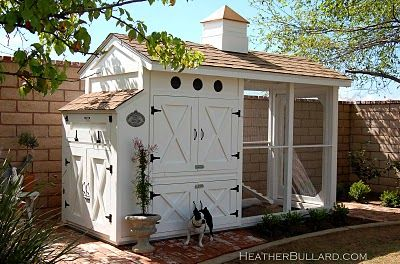 great design and lots of storage.  chicken coop must haves:  1. A storage solution for feed and extra bedding.  2. Easy to clean.  3. Walk-in run.