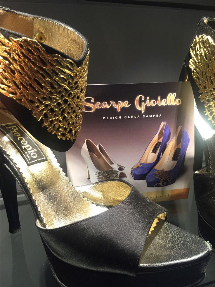 Scarpe gioiello fatte a mano applicazione scultura bronzo Design