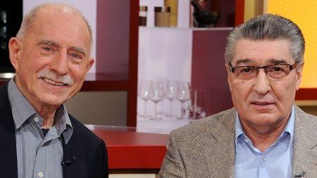 """Werner Hansch und Rudi Assauer im Februar 2012 in der ZDF-Show """"Volle Kanne"""". (Quelle: dpa\ZDF/ Willi Weber)"""