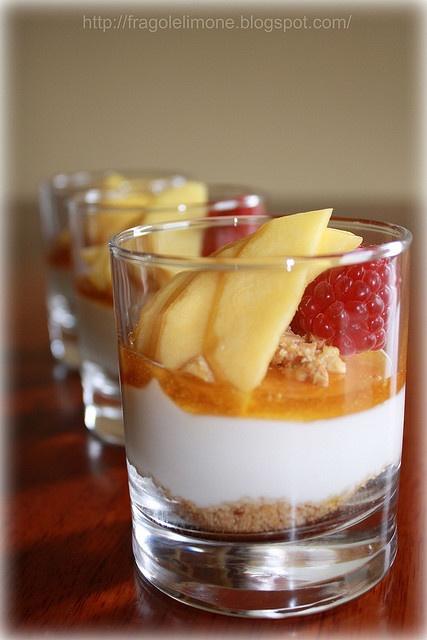 Glass cheesecake