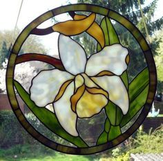 Beautiful colours and fantastically made stained glass orchid.