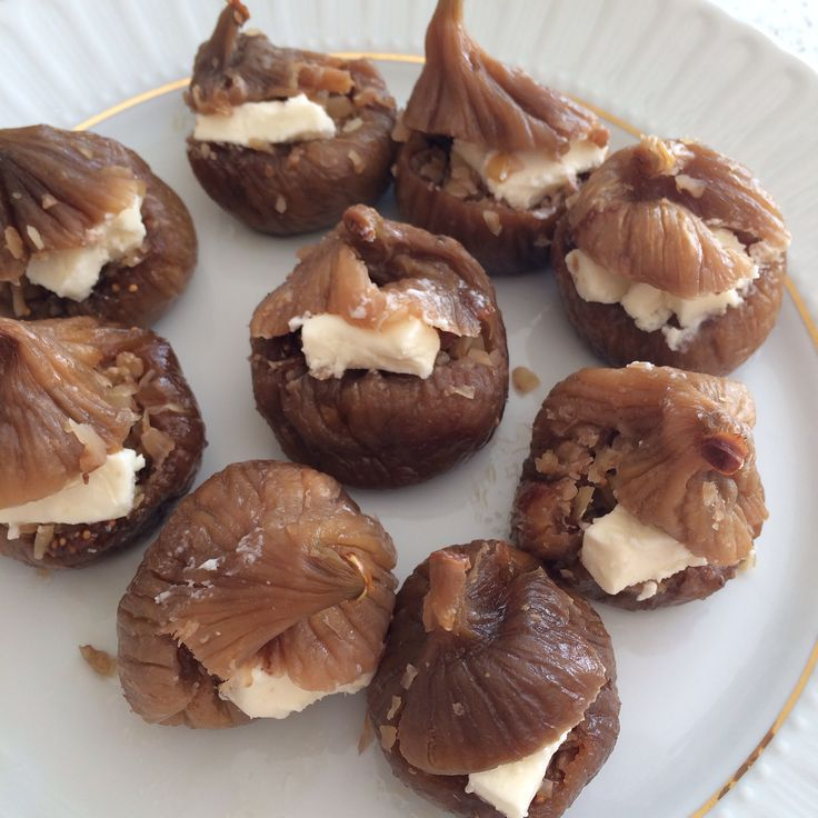 Diyet incir tatlisi iftar sofralariniz için hafif ve düşük kalorili tatlimizi denemeye ne dersiniz?