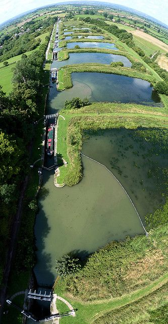 Boating on the Caen Hill Locks, Wiltshire - Kennet & Avon Canal
