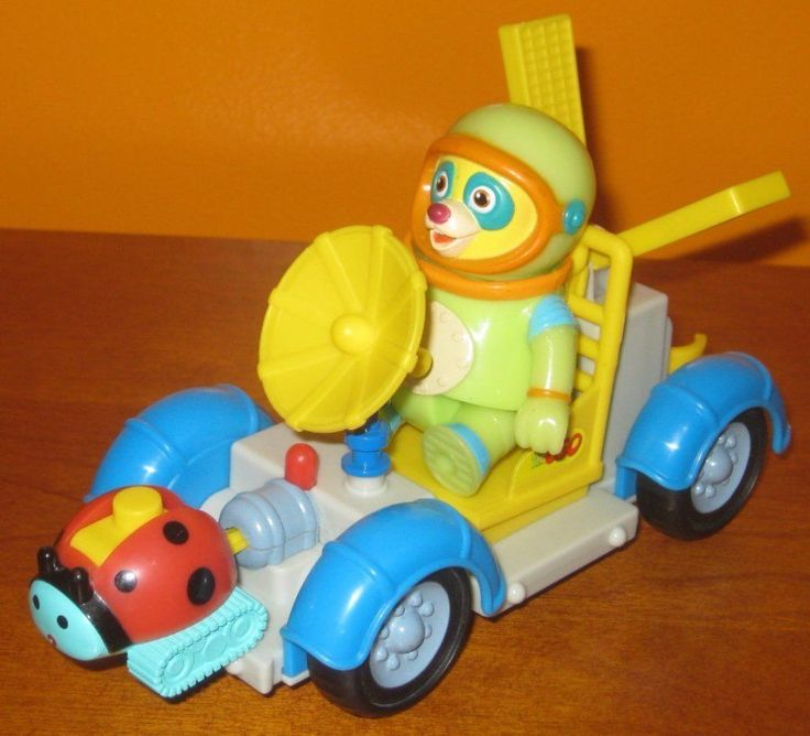 Special Agent Oso Moon Rover Moonrover Figure & Ladybug Missile Disney Jr.
