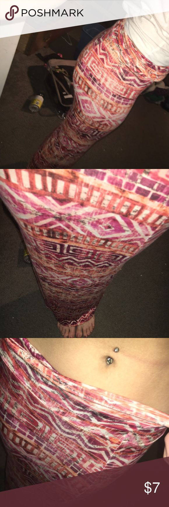 Aztec maxi skirt Super fun and is fitting! NWOT not listed brand Free People Skirts Maxi
